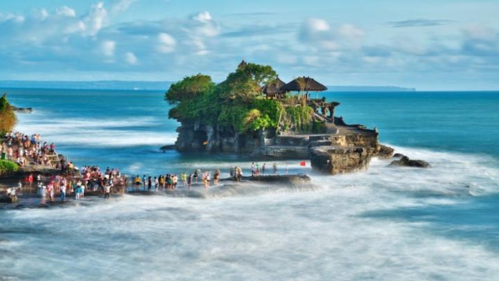 Darmawisata pulau bali